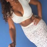 Femme black à gros seins pour plan cul à Paris